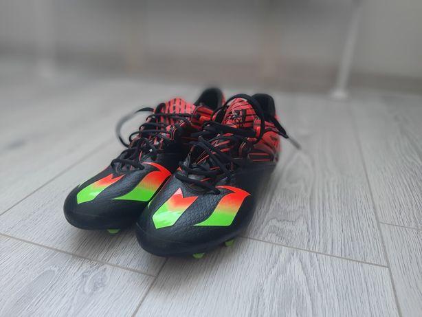 Продаю бутсы Adidas Messi 15