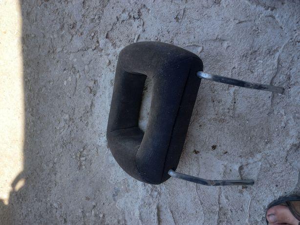 Подголовник сиденья