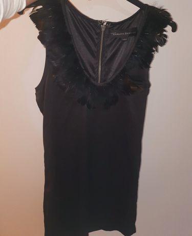 De vânzare rochie eleganta de dama.