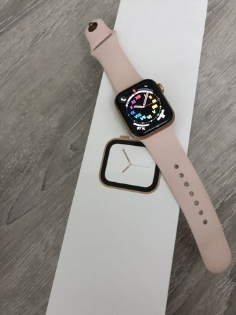 Apple watch series 4 40mm gold aluminum case pink sand sport band
