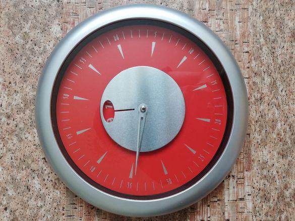 Стенен часовник нов