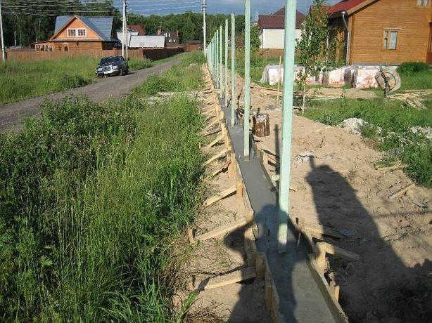 Подпорные стены из бетона, фундамент
