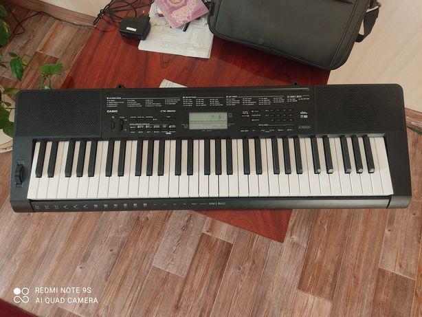 Продам синтезатор Casio в отличном состоянии, все работает..Срочно!!!