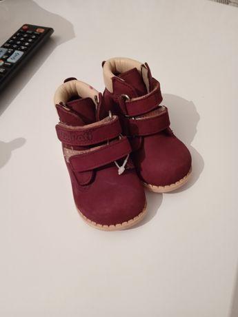 Продам детские ботиночки .Новые.