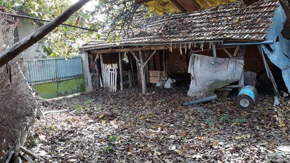Продавам къща в село Дамяново област Габрово