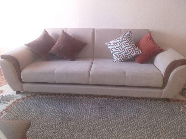 Продам диван велюр
