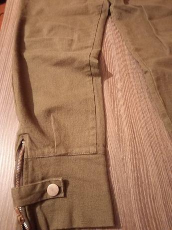 Продам штаны зелёного цвета