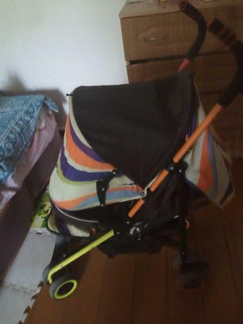 Продам детскую коляску прогулочную