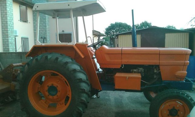 Tractor FIAT 850 cu freza
