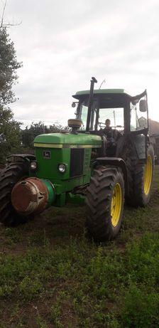 Vând tractor John Deere 3640