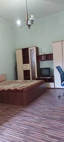 apartament la casa zona Odobescu