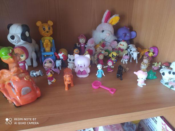 Продам игрушки для девочек