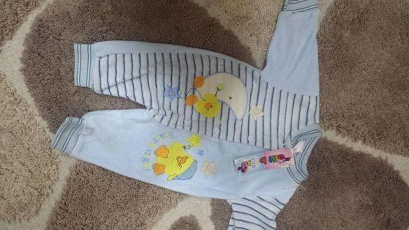 Гащеризонче за бебе на 3-6 месеца с етикет