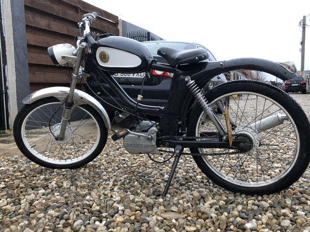 Vintage moped Batavus