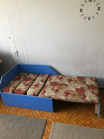 Срочно продам кровать,шкаф, двухъярусная кровать
