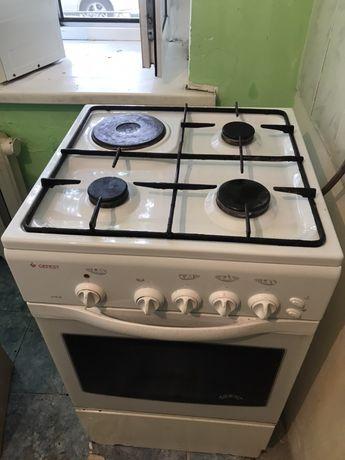 Продам холодильник газовую плиту микроволновку бу