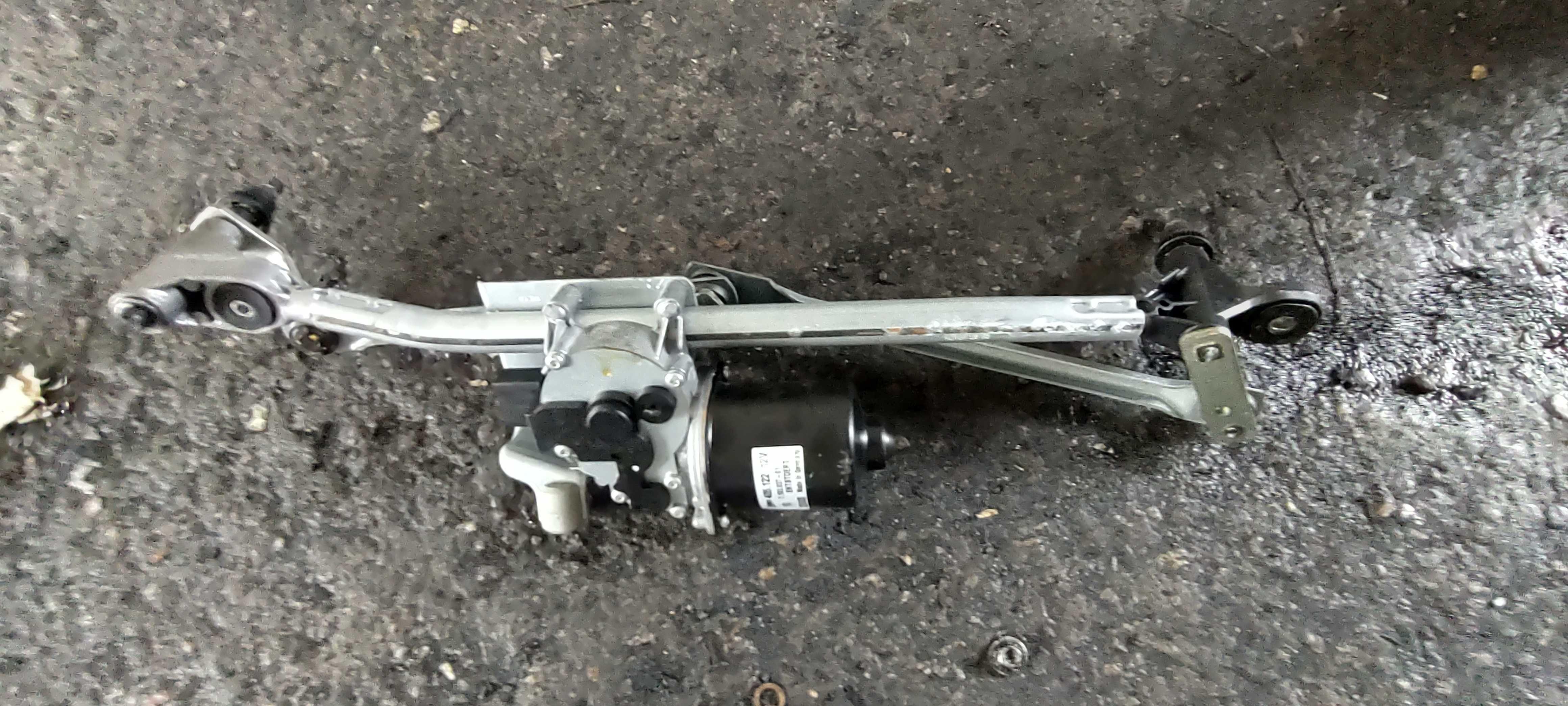 Моторче чистачки - /БМВ/BMW/- е81 123d N47D 204кс.
