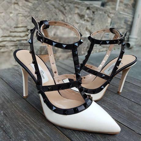 Pantofi/sandale Valentino/ piele naturală interior exterior