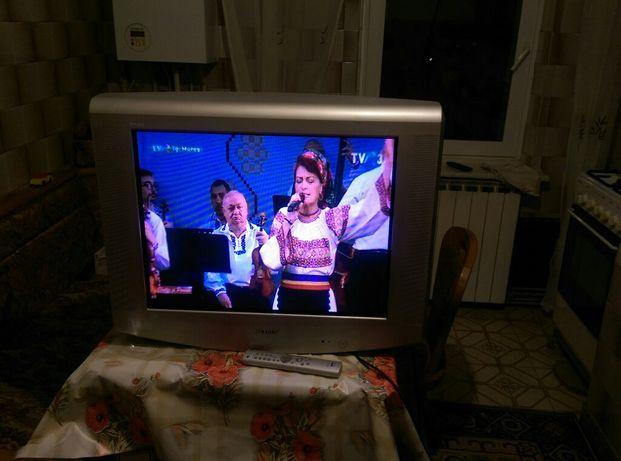 TV Sony WEGA Trinitron.72 cm Model KV-29LS40K