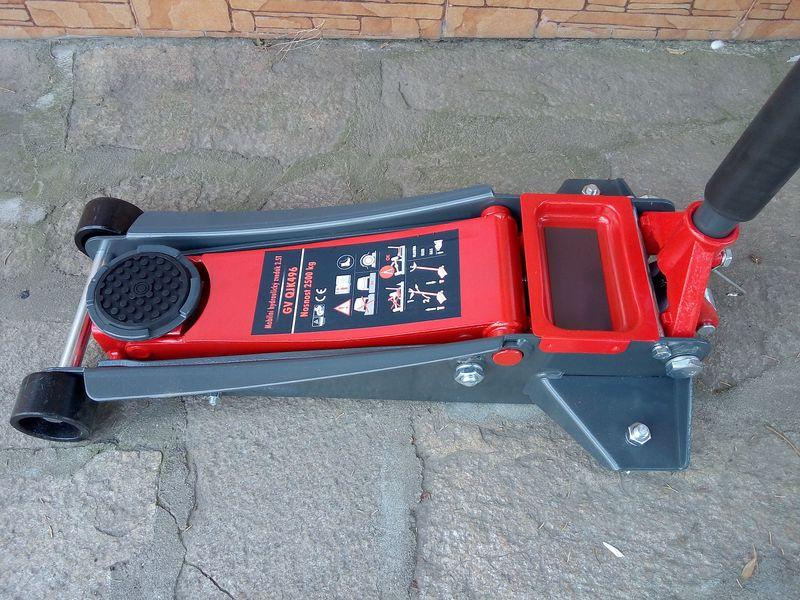 Хидравличен крик нископрофилен 2.5 тона гр. Харманли - image 1