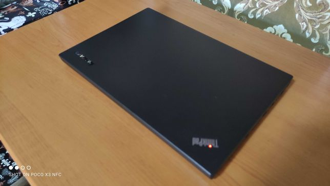 ThinkPad T440. Core i5 4300u. Hdd 500gb. Ram 8gb. qwerty.