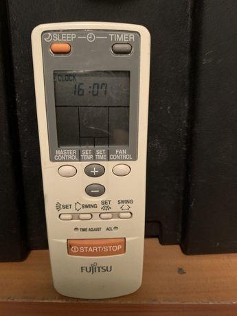 Достанционно (оригинално) за климатик Fujitsu.