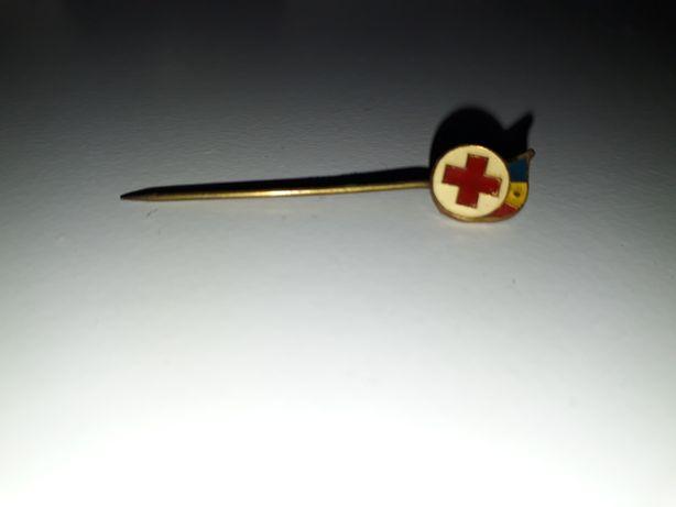 Insigna crucea rosie perioada comunista