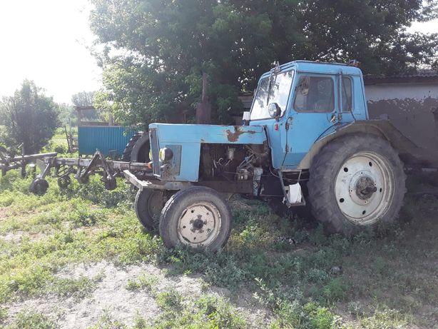 Трактор МТЗ 80 хорошем состоянии
