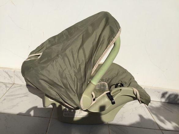 Столче за бебе за кола и самолет