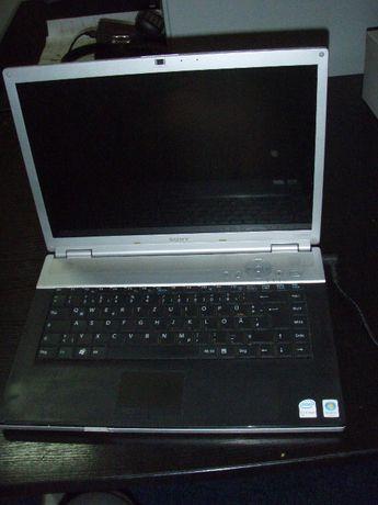Vand sau dezmembrez laptop Sony Vaio VGN-FZ21M PCG-391M