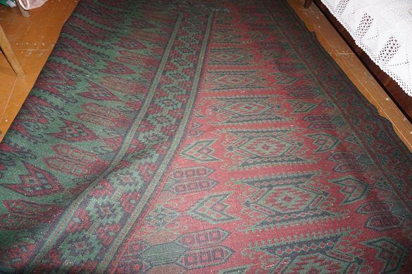 наличен до края на юни като нов голям вълнен двулицев килим
