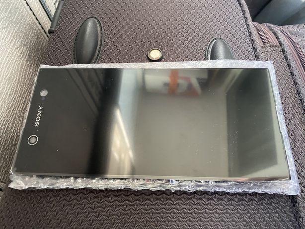 Sony XA1 Ultra дисплей