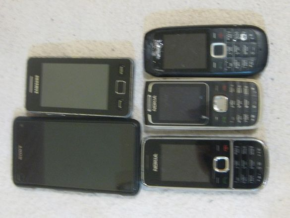 Лот от телефони Sony xperia z1 compact nokia samsung