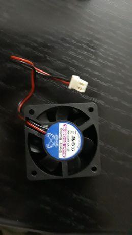 ventilator procesor  3500 rpm , 12 v , o,o6 a , 4 / 4 cm