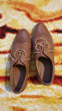 Pantofi nr 40 (merg și la 39) purtați o data