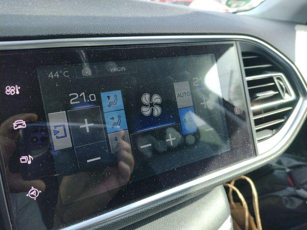 Curățire instalatie climatizare autoturism