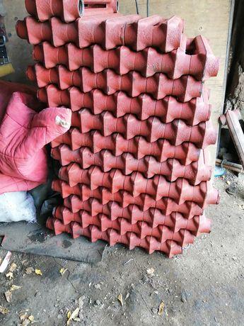Продаю чугунные радиаторы отопление.