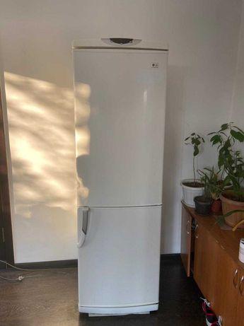 Холодильник  бу,