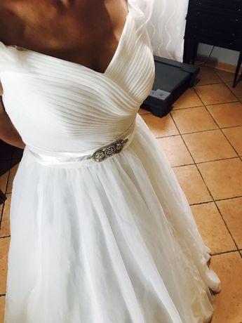 Rochie de mireasa clasică