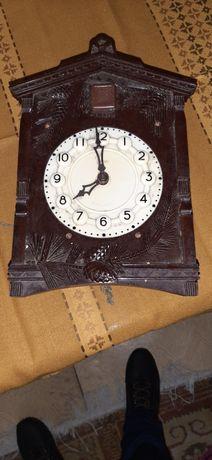 Ceas vechi cu cuc