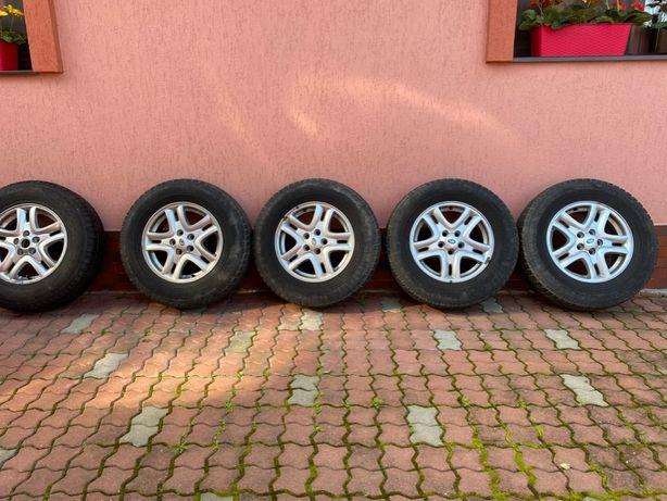 "Roti Land Rover Freelander 2 - Jante 16"" + Anvelope Iarna Nokian"