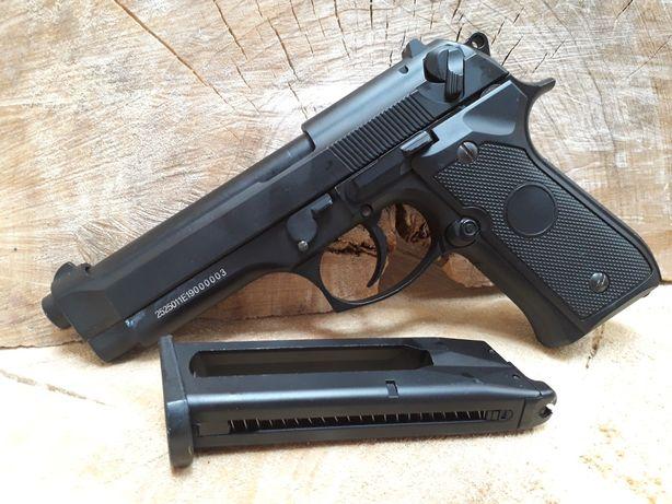 Pistol Beretta M9 airsoft FULL METAL Co2/GreenGas recul cutie CADOU