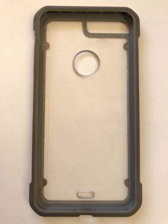 Vând husa hard case IPhone 6 / 6s Plus