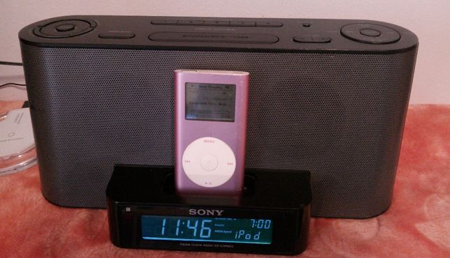 Sony ICF-C1IPMK2 Speaker Dock/Clock Radio for iPod and Iphone
