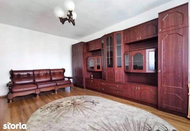 Apartament 3 camere în zona Manastur central