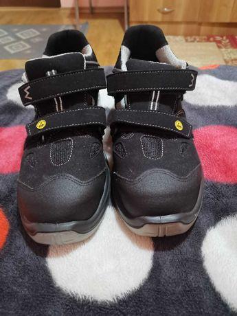 Incaltaminte de Protectie Safety Shoes 44 Noi
