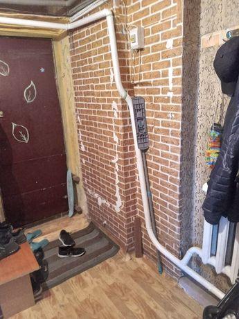 Обменяем 2-х комнатную квартиру  на свой дом