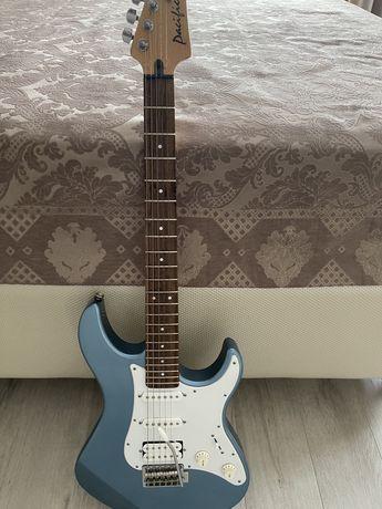 Акустическая гитара с усилителем( комбиком)