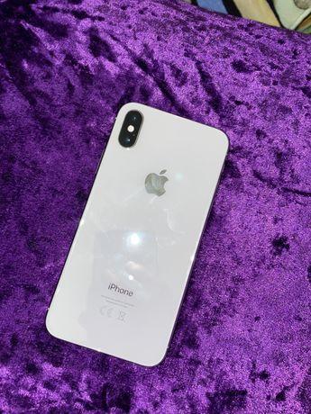 Продаю Iphone x