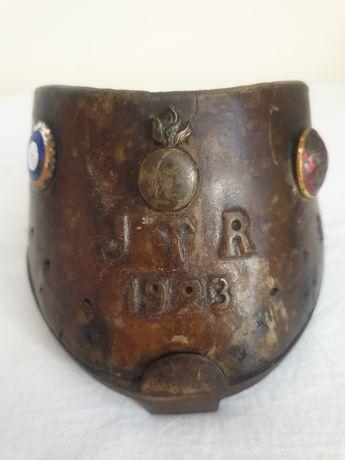 """Copita cu potcoava veche, de colectie """"JTR 1923"""""""
